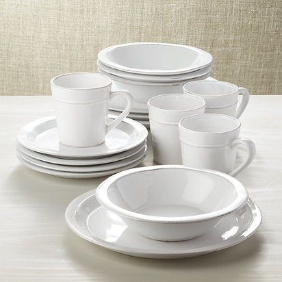 Our Guide to the Best Dinnerware—Blueprint Registry Guides