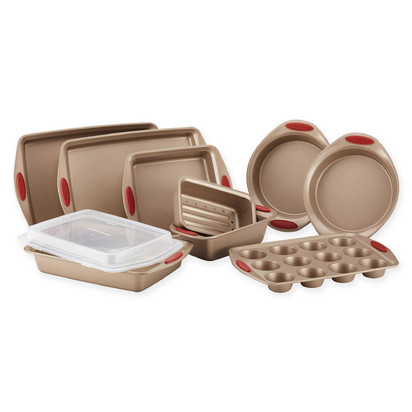 Rachael Ray Cucina Non-Stick 10-Piece Bakeware Set in Brown/Red